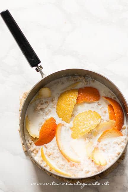 Preparare la crema di grano2 - Ricetta Pastiera napoletana