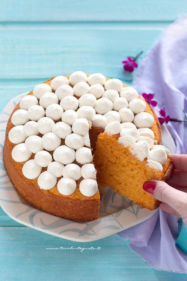 Torta di Carote e Mandorle (Torta Camilla) - Ricetta Torta di Carote e Mandorle