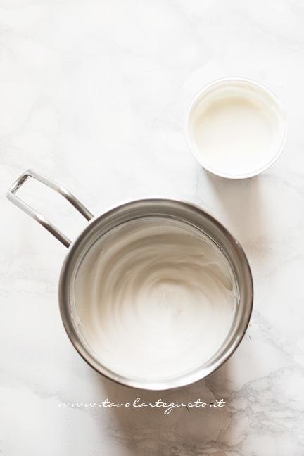 Come fare la Mousse allo yogurt - Ricetta Mousse allo yogurt