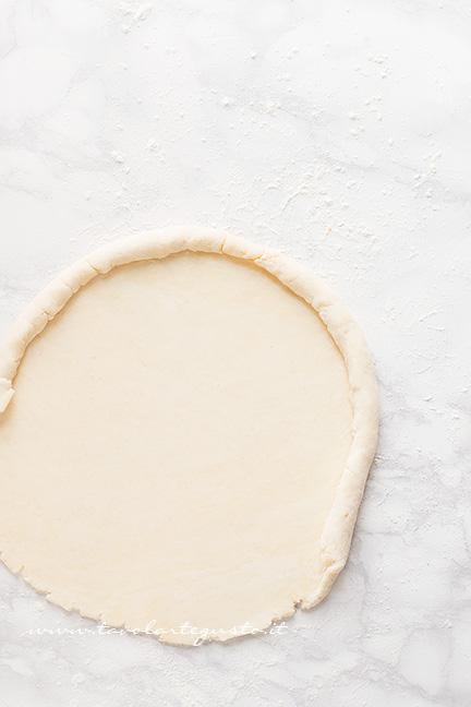 Come preparare il guscio della Tatin 2  - Ricetta Tarte Tatin di Pomodorini