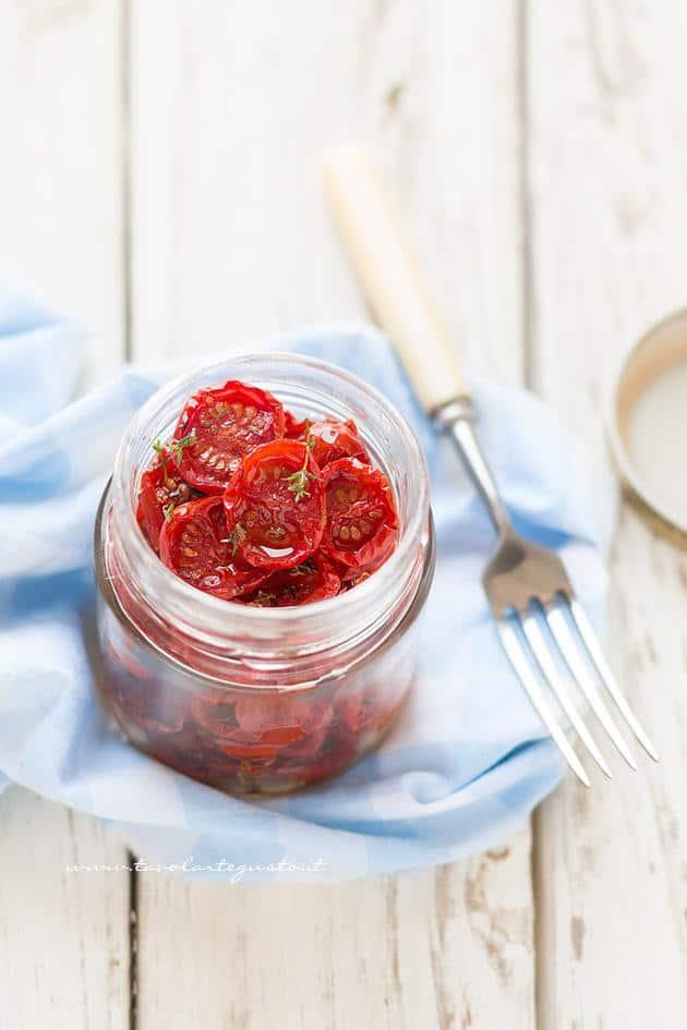 Conservare i Pomodorini confit - Ricetta Pomodorini confit