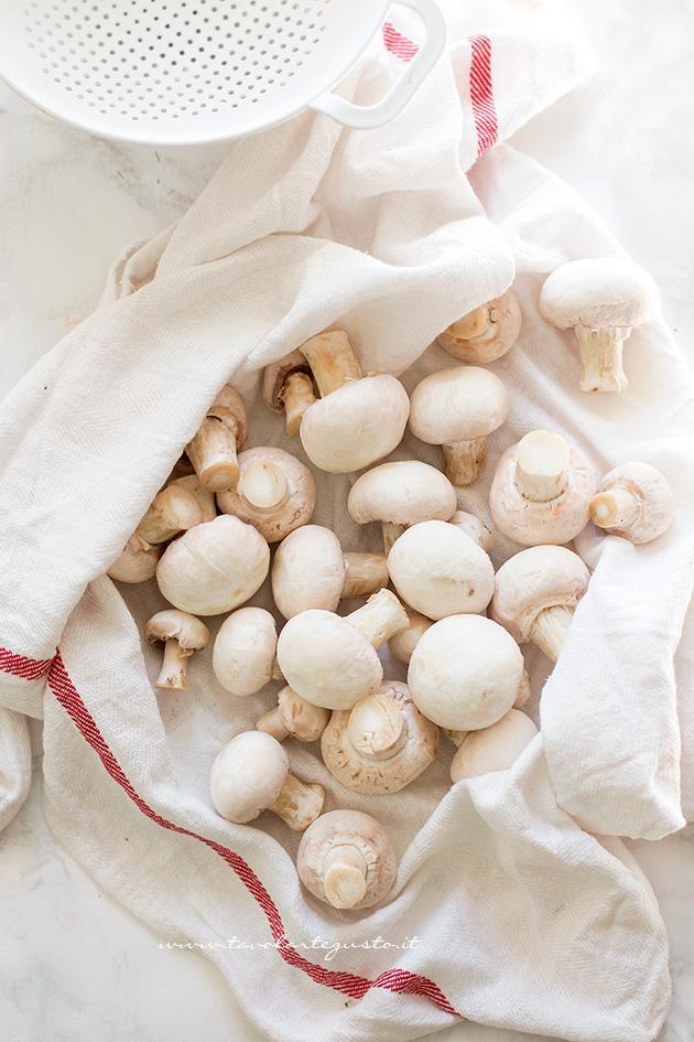 Come pulire i Funghi Champignon 4