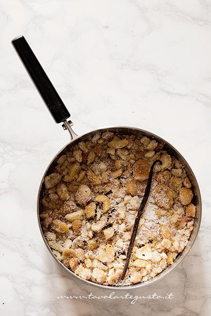 Aggiungere alle Castagne lo zucchero e la vaniglia - Ricetta Montebianco