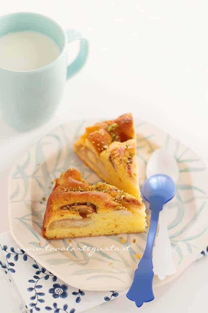 Torta di mele senza burro - Ricetta Torta di mele senza burro, light e morbida