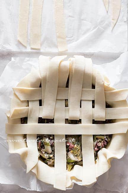 Come fare l'intreccio di pasta brisè 1- Ricetta Pizza di Scarola