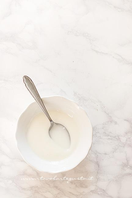 Come preparare la glassa al limone - Ricetta Torta agli agrumi