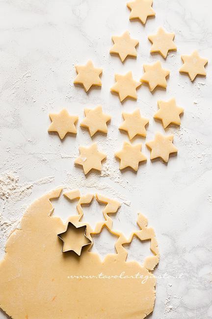 Intagliare le stelle - Ricetta Crostata di frutta secca