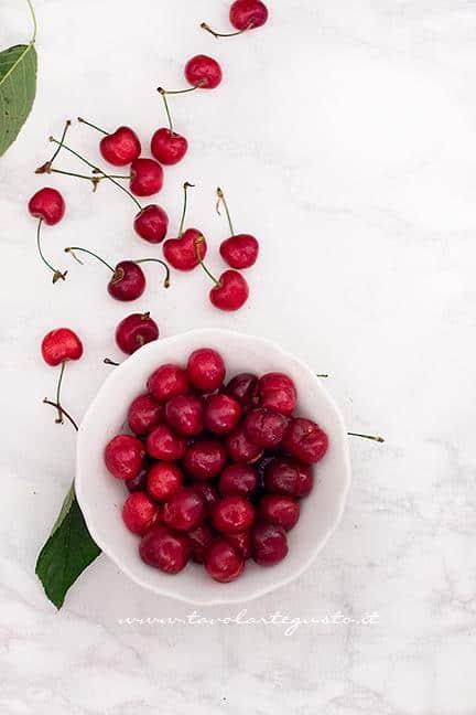Snocciolate le ciliegie - Ricetta Crostata morbida di Ciliegie
