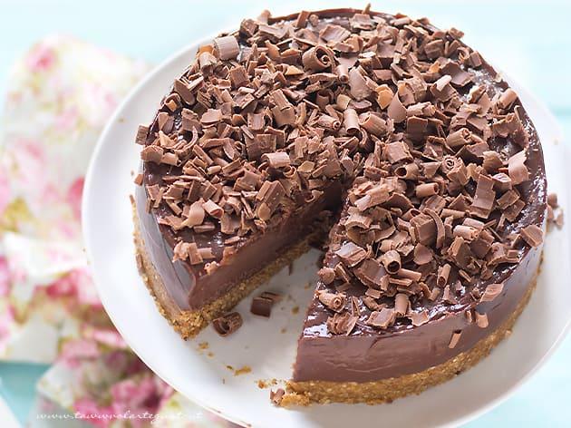 Cheesecake alla Nutella fredda e senza cottura - Ricetta Cheesecake alla Nutella