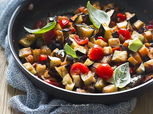 Melanzane a funghetto la ricetta originale napoletana
