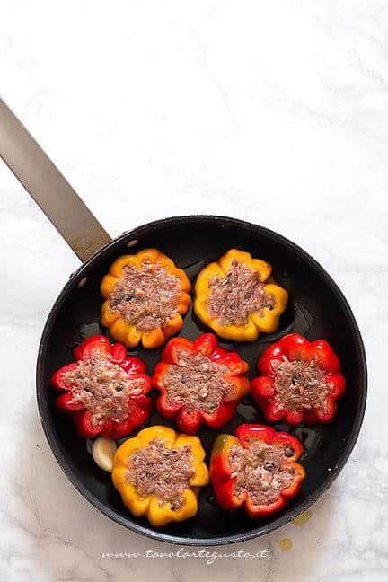 Riempire i peperoni - Ricetta Peperoni ripieni di carne