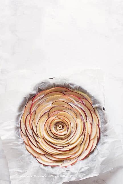 Torta di mele e pasta sfoglia - Torta Rosa di mele - Ricetta Torta di mele e pasta sfoglia