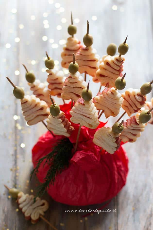 Antipasti Di Natale Belli.Alberelli Di Pasta Sfoglia Velocissimi Finger Food Natalizio