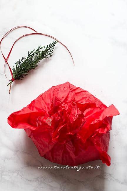 Come fare il centrotavola natalizio dove infilzare alberelli spiedini 3- Ricetta Alberelli di pasta sfoglia
