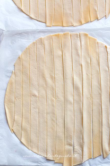 Come fare la crosta intrecciata 1 - Ricetta Polpettone in Crosta