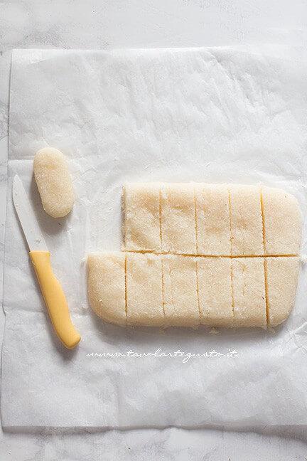 Dividere il rettangolo in 12 pezzi - Ricetta Bounty