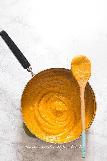 Frullare la zucca - Ricetta Vellutata di zucca