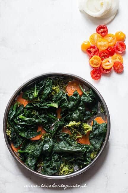 Verdure a vapore cotte - Ricetta Frittata di verdure al forno