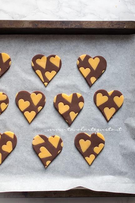 Biscotti vaniglia e cacao (Cuori bicolore) pronti da cuocere - Biscotti vaniglia e cacao
