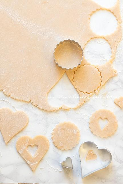 Come fare i Biscotti alla marmellata - Ricetta Biscotti alla marmellata