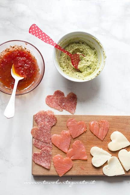 Preparare le farciture mille gusti - Ricetta Cuori di Pasta Sfoglia