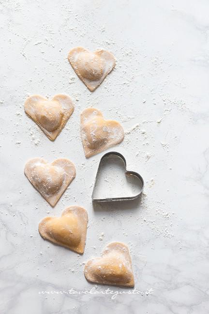 Ravioli a cuore - Ricetta Ravioli a forma di cuore