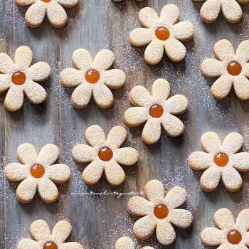 Biscotti di Pasqua semplici e veloci (Margherite di primavera) - Ricetta Biscotti di Pasqua