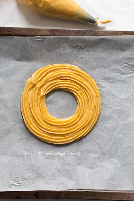 Come formare lo zeppolone 2 - Ricetta Zeppolone di San Giuseppe