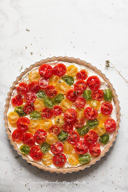 Farcire la crostata con i pomodorini - Ricetta Crostata di pomodori