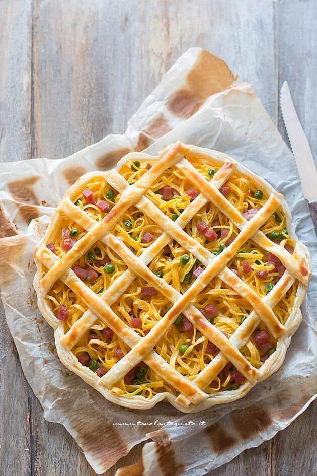 Crostata di tagliolini o tagliatelle - Ricetta Crostata di Tagliolini