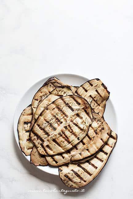 Come grigliare le melanzane - Ricetta Melanzane grigliate