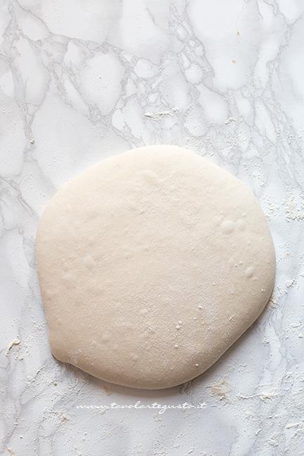 impasto pizza lievitato - Ricetta pizza in teglia