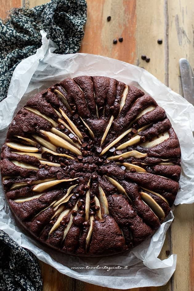 Torta pere e cioccolato (ricetta classica)