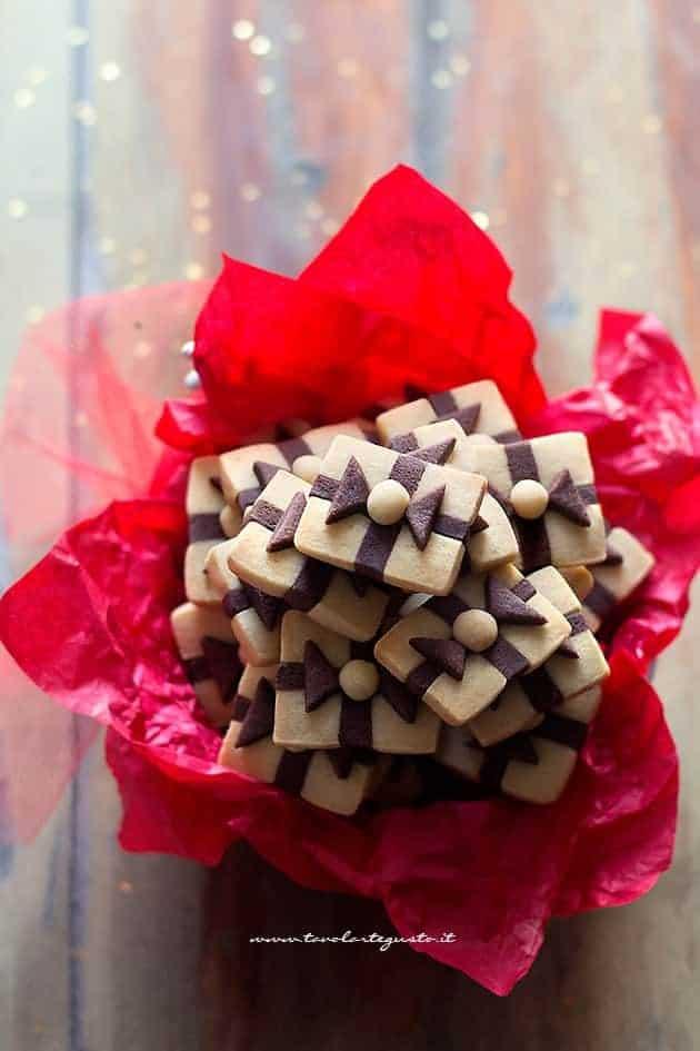 Biscotti Pacchetto Regalo - Ricetta biscotti pacchetto regalo
