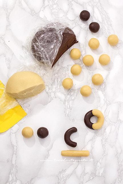 come dare la forma ai biscotti abracci - tutorial - Ricetta Biscotti Abbracci