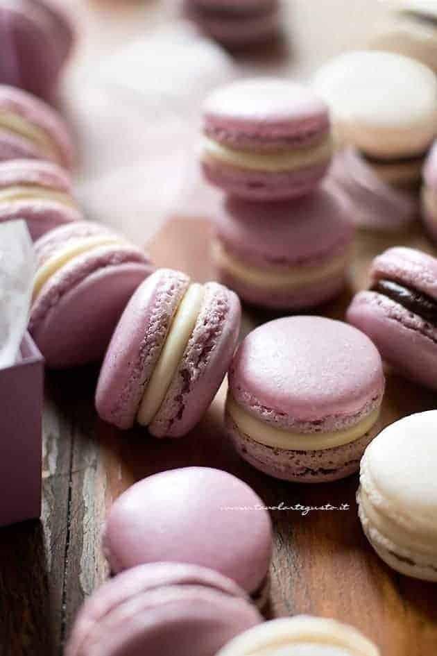Macarons - Ricetta passo passo per Macarons perfetti