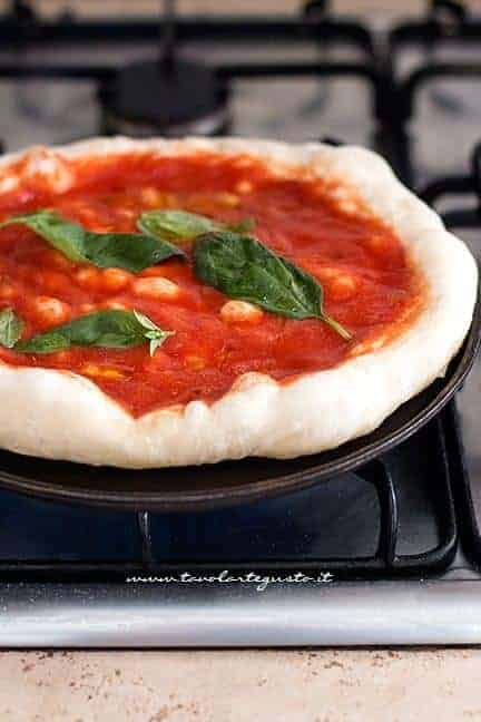 come cuocere la pizza 1 - Ricetta Pizza fatta in casa