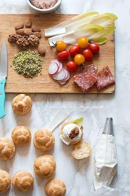 mousse di ricotta, patè di prosciutto e tante golose farciture per i bignè - Ricetta Bignè salati