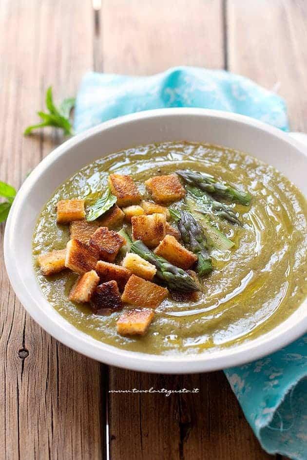 Crema di asparagi - Vellutata di asparagi - Ricetta Crema di asparagi