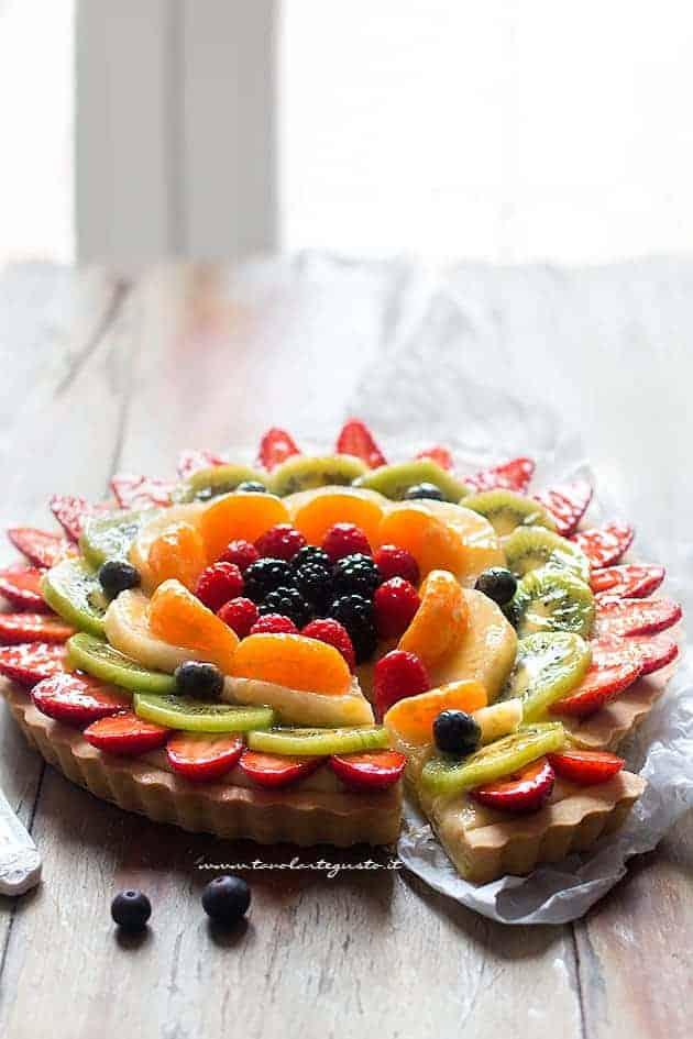 Fette golose di Crostata alla frutta - Ricetta Crostata di frutta