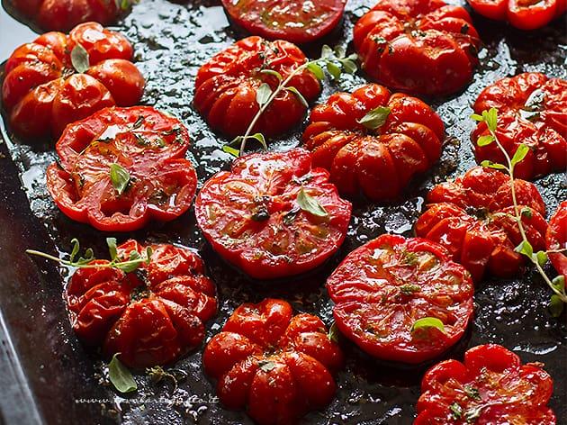 Pomodori al forno - Ricetta Pomodori al forno-