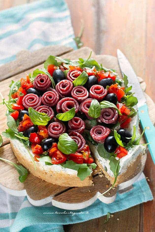 Cheesecake salata bresaola e rucola - Ricetta Cheesecake salata