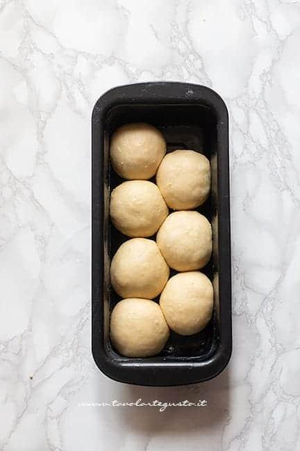 Dare la forma al pan brioche - Ricetta Pan Brioche