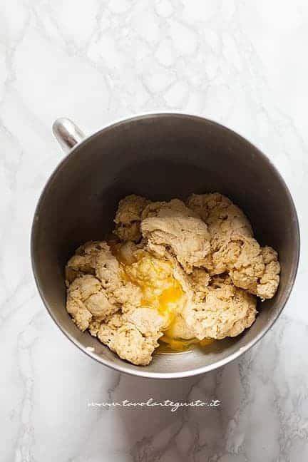 fare l'impasto del pan brioche - Ricetta Pan Brioche