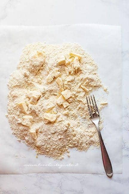 preparare il crumble - Ricetta Crumble di ciliegie