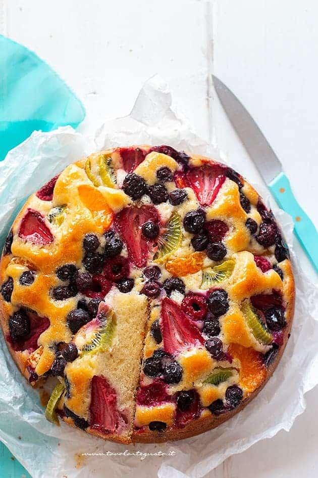 Torta alla frutta - Ricetta Torta morbida alla frutta
