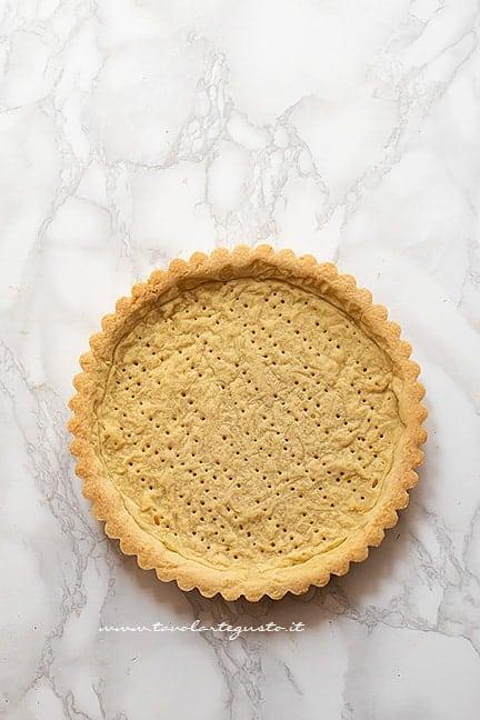 guscio di frolla pronto da farcire - Ricetta Lemon meringue pie