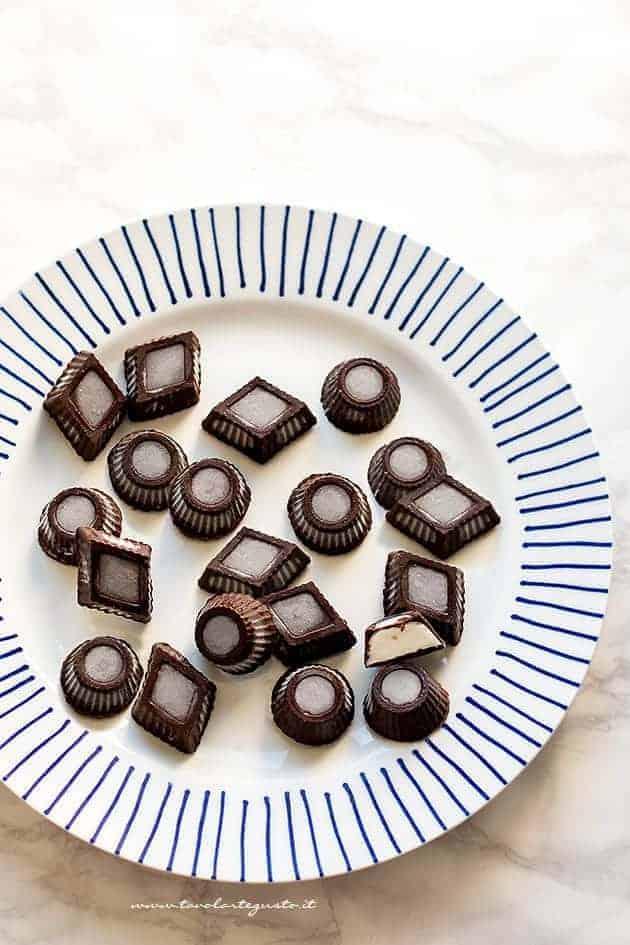 Gelato bomboniera fatto in casa - cioccolatini gelato (ricetta facile)