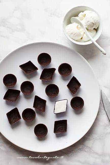 riempire con gelato alla panna- Ricetta Gelato Bomboniera