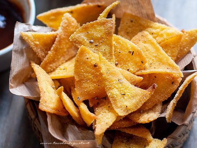 Nachos (Tortillas Chips) - Ricetta Nachos-